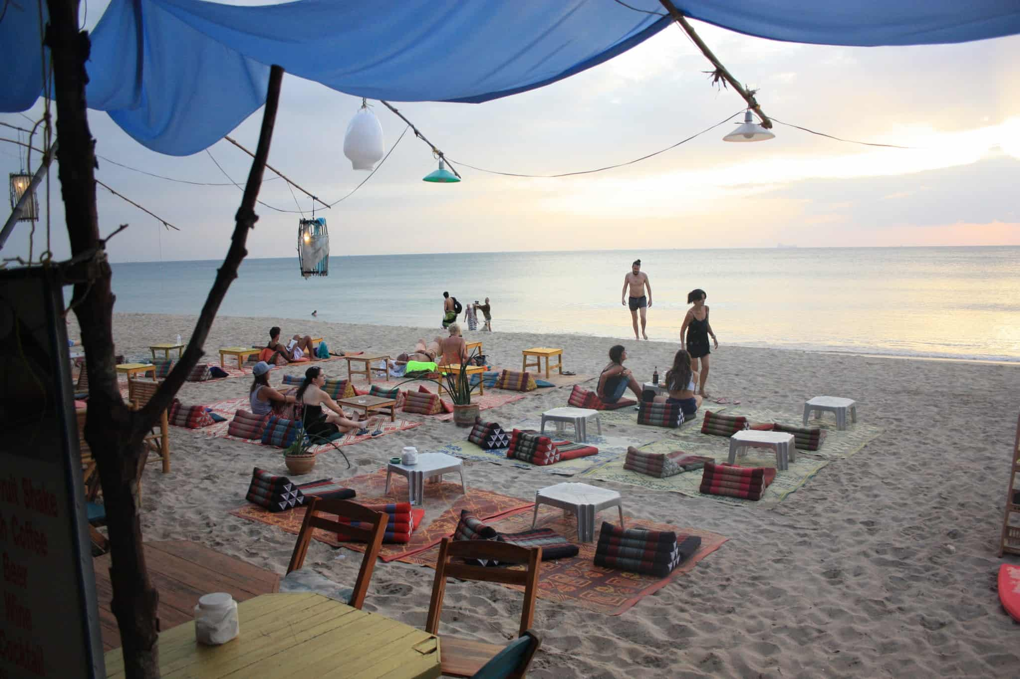thailand_travel_diary2_Koh Lanta Bars_Restaurants1 Blue Moon Bar