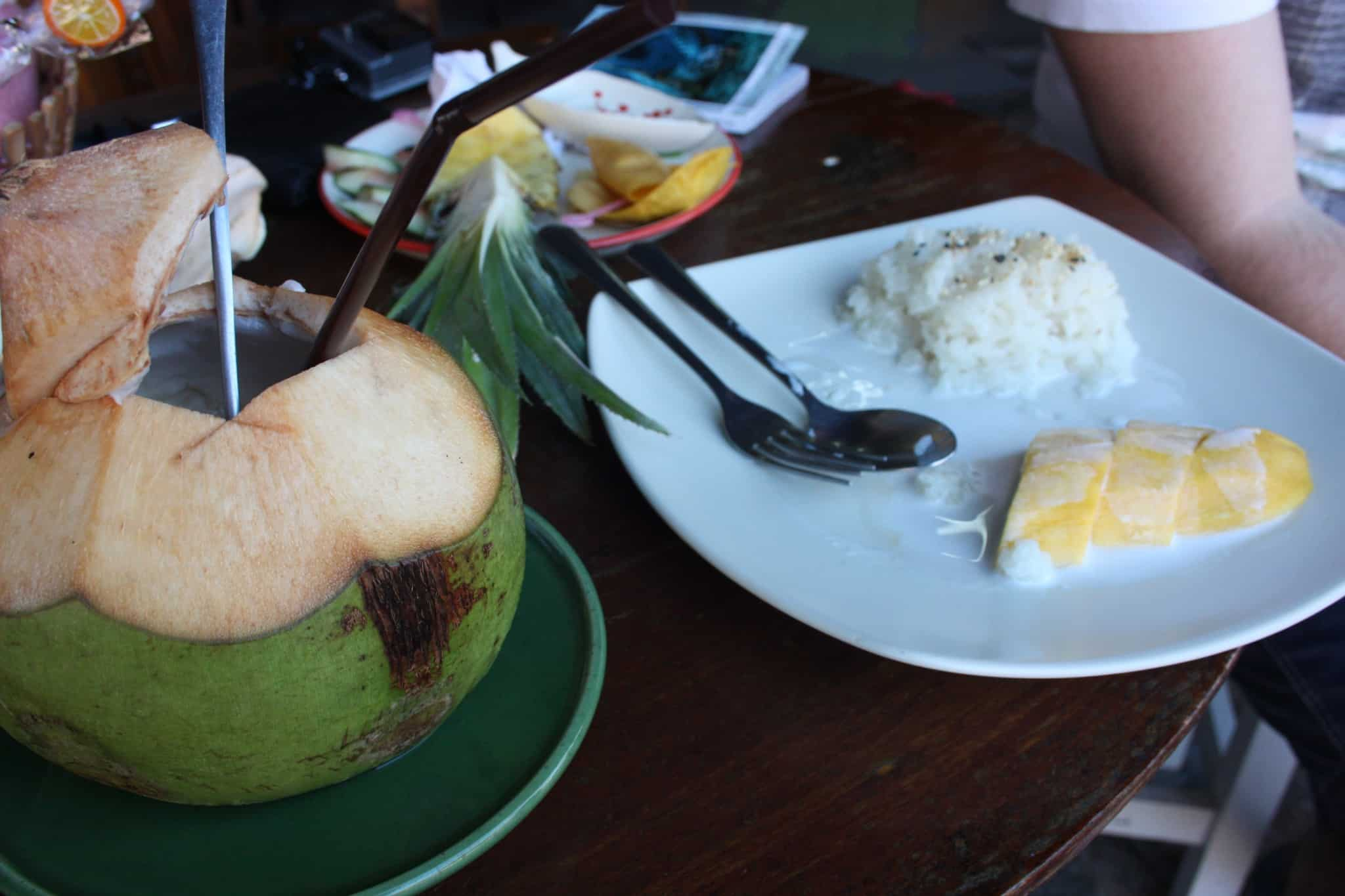travel diary7 thai food_streetfood9 mango sticky rice